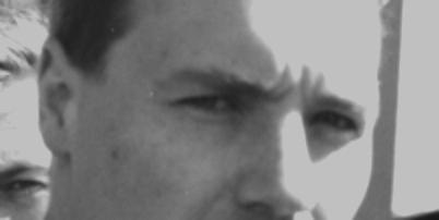 Scott cut grey thumb thumb bw2